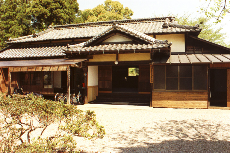 07_Iwama_dojo_entrance.JPG